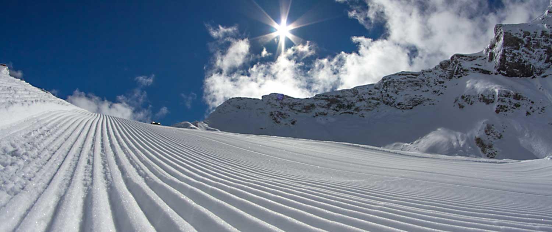 La Tania Ski Resort, Holidays \u0026 Catered Chalets - Ski Dazzle